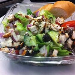 Thatsalata - Dat Krazy Geek Salata, topped with grilled chicken - Silver Spring, MD, Vereinigte Staaten
