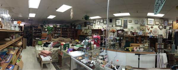 Anna s family thrift store thrift stores 211 sw blvd for Jewelry consignment shops near me