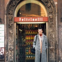 Librerie feltrinelli librerie bologna recensioni for Riviste feltrinelli