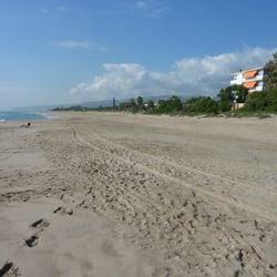 Strand auf der Höhe von Gava