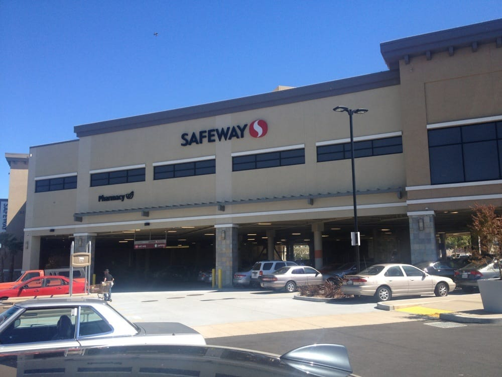 Millbrae (CA) United States  city photos gallery : Safeway Grocery Millbrae, CA, United States Reviews Photos ...