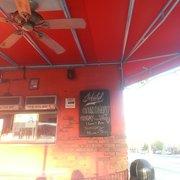 The Infield - Daily hours. Best hot dogs in LA! - Sherman Oaks, CA, Vereinigte Staaten
