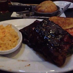 At the Smokey Bones Bar and Fire Grill located in Virginia Beach, you'll find comfortable fine dining in a warm and welcoming atmosphere. Exclusively using only the finest ingredients, Smokey Bones Bar and Fire Grill prepares every meal fresh when you order 3aaa.mle: Barbecue.