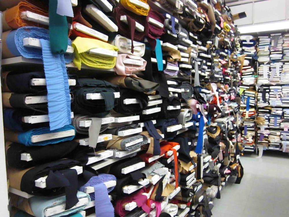 B j fabrics 10 photos fabric haberdashery midtown for Art and craft stores nyc
