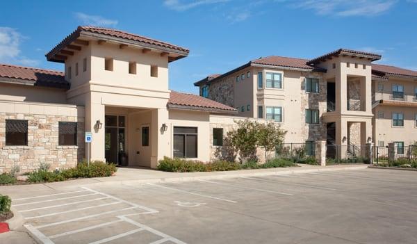 Elysian Apartments San Marcos
