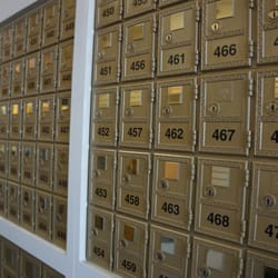 The mailroom more notaries sherman oaks ca yelp for Fish dish sherman oaks