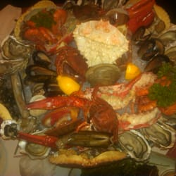 top view of the seafood platter
