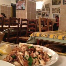 Chez Étienne - Marseille, France. Supions frits... Un délice !