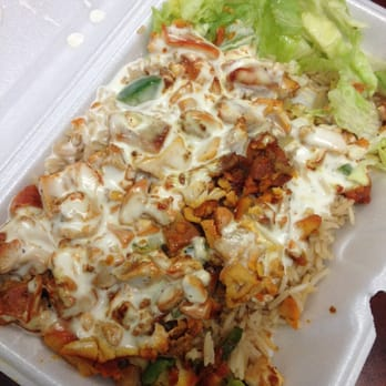Halal Cart - New York, NY, United States. Chicken over rice with white ...