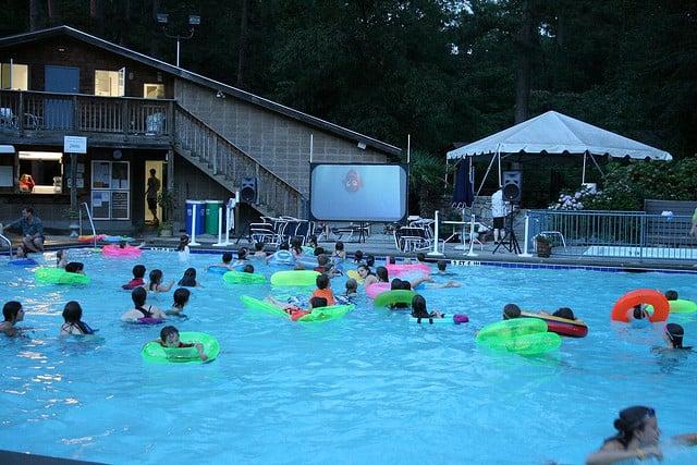 Garden hills pool park forests buckhead atlanta for Garden pool reviews