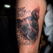 Hund Portrait Tattoo, Independent Color…