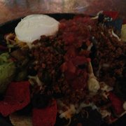 Mountain Room Bar - SeaTac, WA, États-Unis. Super nachos with beef.