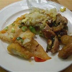 Gebratener Reis sowie lecker Fisch und…