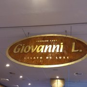 Giovanni L. Eiscafé, Hamburg, Germany