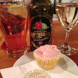 Booze and cupcakes! Sure thing!!!
