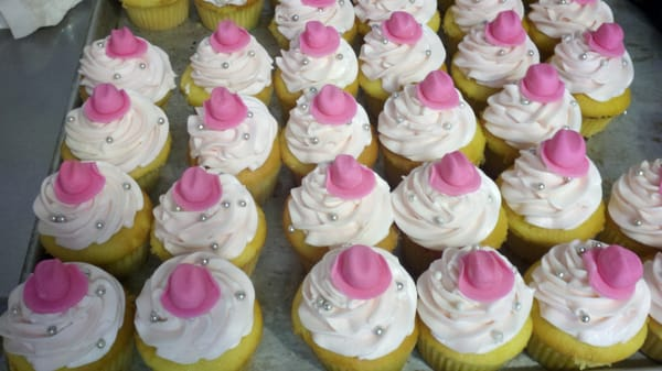 Cake Art In Salisbury Md : Cowgirl cupcakes w/ fondant cowgirl hats on each Yelp