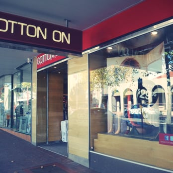 Online clothing stores. Cotton on clothing store