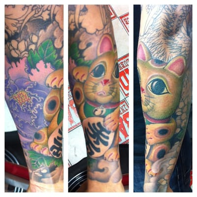 Dragon sleeve lucky cat in progress yelp for Bad cat tattoo