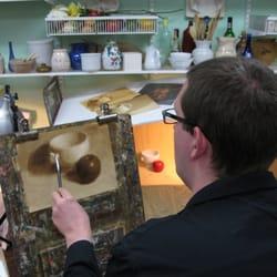 Austin Fine Art Classes - Austin, TX, États-Unis. Student in the beginning oil painting class