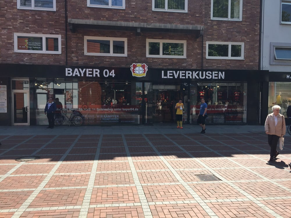 bayer 04 leverkusen fanshop soccer leverkusen nordrhein westfalen germany yelp. Black Bedroom Furniture Sets. Home Design Ideas