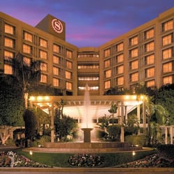 Sheraton crescent hotel 32 foton hotell phoenix az for Hotels 85016