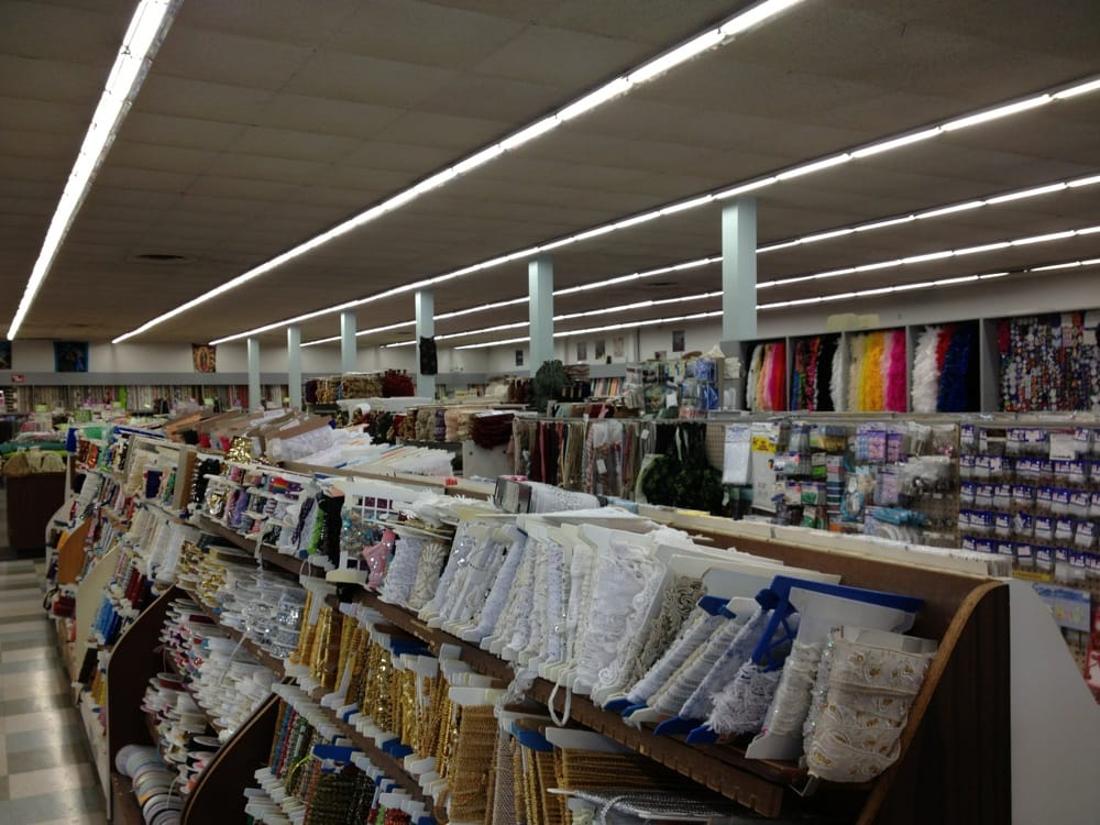 Yardage town national city fabric stores national for Fabric outlet near me
