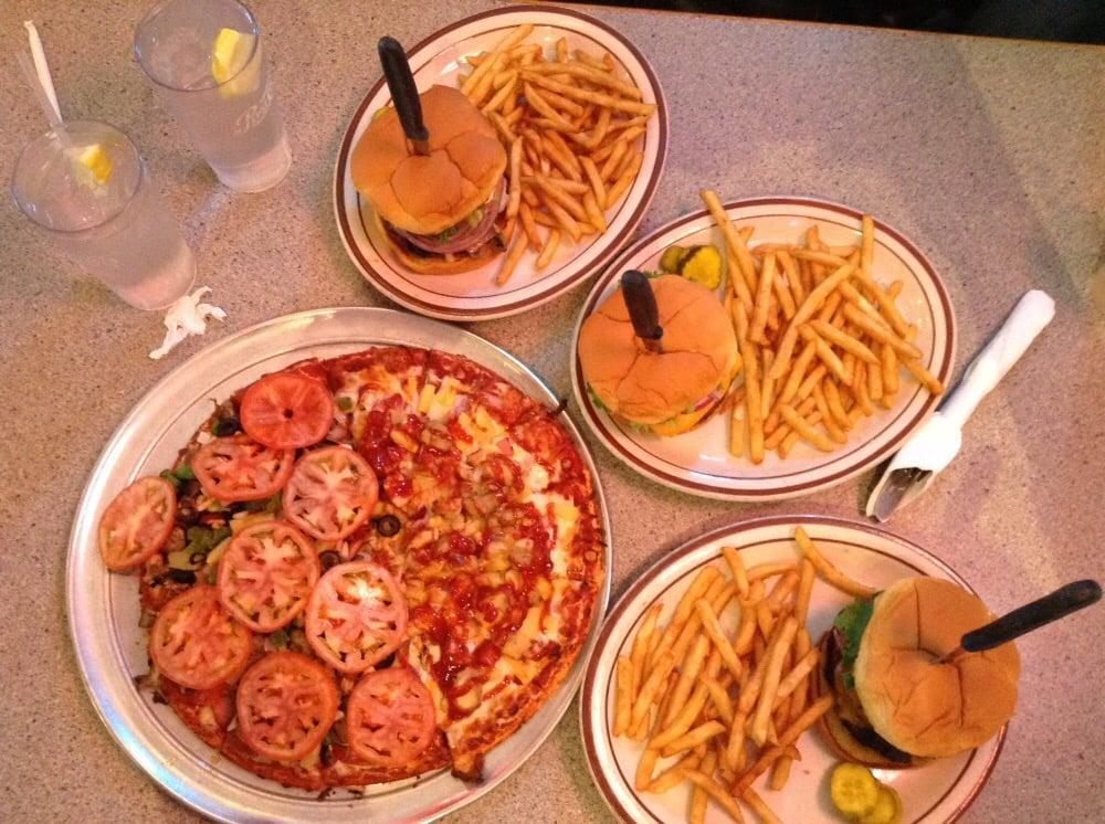 Bennys Rod & Custom Pizza Cafe | 4219 NE St Johns Rd Ste A, Vancouver, WA, 98661 | +1 (360) 993-0284