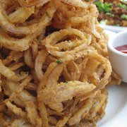 Perry's - Crispy Onion Strings - Massive pile. - San Francisco, CA, Vereinigte Staaten
