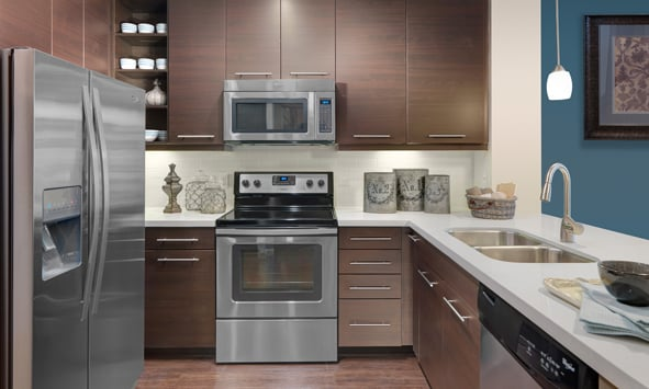 Kitchens With Quartz Countertops 42 Inch Upper Cabinets Stainless