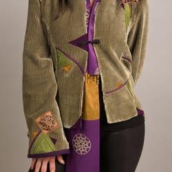 Judee Moonbeam Studio - Piecework jacket with silkscreened scarf - Portland, OR, Vereinigte Staaten