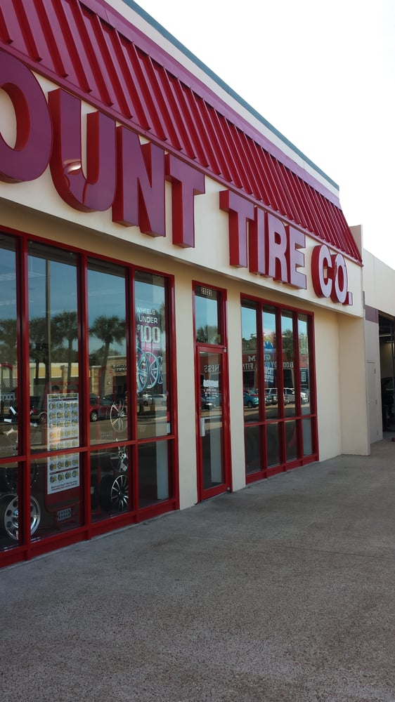 Dec 05, · Discount Tire is the world's largest tire and wheel retailer. Founded in by Bruce T. Halle, the company currently operates more than stores under the Discount Tire name in most of the United States and as America's Tire in parts of California/5(39).