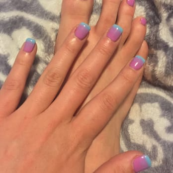 Celfie Nails Spa - Austin, TX, United States. Shellac on both. Ombré