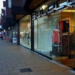 Select Retail, Crewe