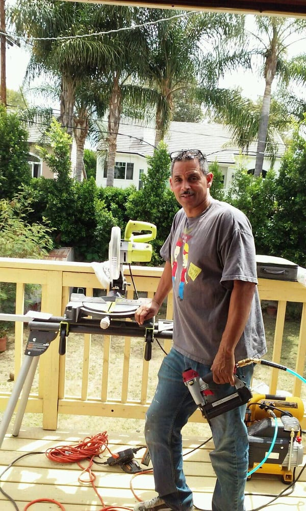 Andrew s handyman services handyman beverly grove for Family handyman phone number