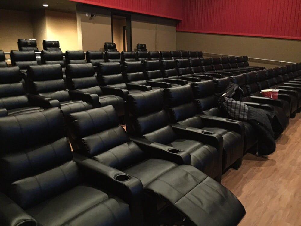 regal cinemas hooksett 8 cinema hooksett nh yelp