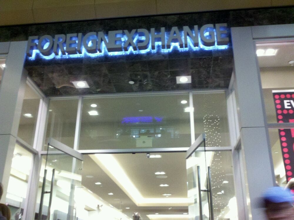 Foreign exchange clothing store website