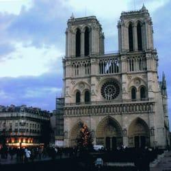 Fondation Notre Dame, Paris, France