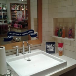 Bath Body Works Cosmetics Beauty Supply Toronto ON Canada