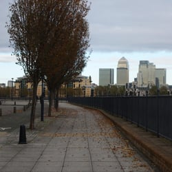 Thames Path, London