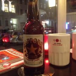Sapporo Bier und green tea