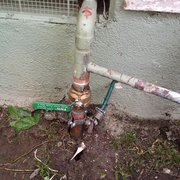 Safari Plumbing & Rooter, Inc. - tired of gate valves ? lets change it with latest ball valve - Paramount, CA, Vereinigte Staaten