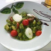 Gnocchi Pesto mit hausgemachtem Pesto…