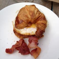Fried egg on croissant