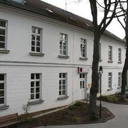 Das TiC-Stammhaus in der alten Schule an…