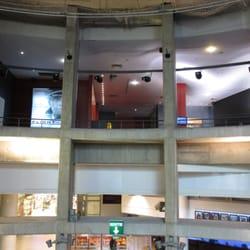 UGC Ciné Cité Les Halles - Paris, France. vu de dehors...admirez le béton