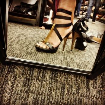 Nordstrom rack shoes online. Shoes online for women