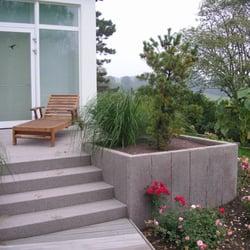 Terrasse, Blockstufen und Palisaden aus…