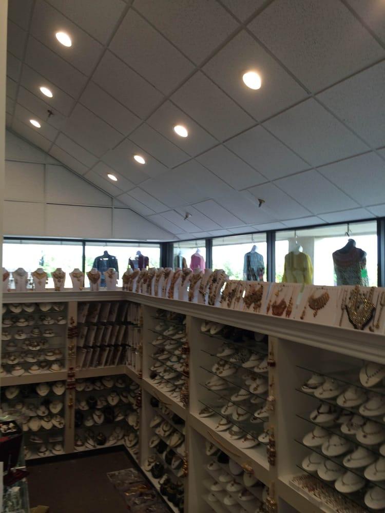 Asia boutique saree center women 39 s clothing irving for Boutique center
