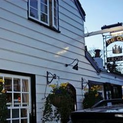 the old crown pub, Weybridge, Surrey