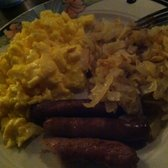 Victorian Cafe - 3 Egg deal...with hashbrowns and sausage - Las Vegas, NV, Vereinigte Staaten
